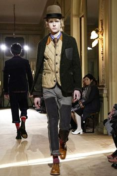 Junya Watanabe Man Menswear Fall Winter 2014 Paris - Layers and layers,great colour combination and silhouette from Junya Watanabe. #JunyaWatanabe #AW14