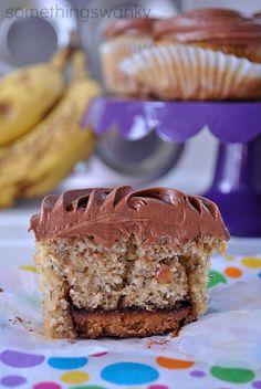 PB Cup Banana Cupcakes #recipes #cupcakes #banana