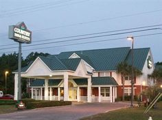 country inn & suites $52
