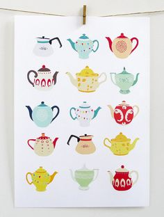 teapots by Laura Amiss.