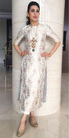 Karisma Kapoor In Raw Mango Celebrating Onam Salwar Designs, Kurta Designs Women, Kurti Designs Party Wear, Dress Designs, Pakistani Dresses, Indian Dresses, Indian Outfits, Ethnic Outfits, Anarkali