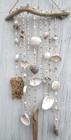 White/Gold DRIFTWOOD Mobile Windchime Suncatcher made with Shells Beads Hemp Upcycled Beach Decor EcoFriendly Bohemian Hippie Surf Source .Informations About 25 + › White/Gold DRIFTWOOD Mobile Windchime Suncatcher made with Shells Beads Hemp Upc… P Seashell Art, Seashell Crafts, Beach Crafts, Diy And Crafts, Hemp Crafts, Rock Crafts, Driftwood Mobile, Driftwood Art, Seashell Mobile