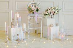 Утро невесты в нежных пастельных тонах, букет невесты, свечи