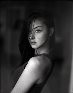 Women IV - Hannes Caspar photography portraits