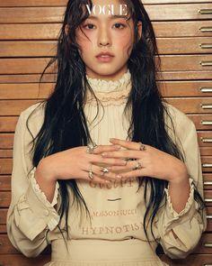 Reject the Binary: Photo Seolhyun, Sulli, Korean Girl, Asian Girl, Kim Seol Hyun, Vogue Korea, Model Face, Poses, Kpop Girl Groups