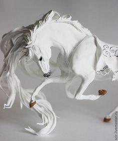 White Horse Skulpture Figurine Art Fantasy door DemiurgusDreams