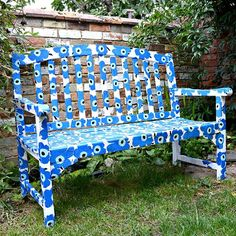 easy to make a marimekko bench using paper napkins, decoupage, outdoor furniture, painted furniture, repurposing upcycling Used Outdoor Furniture, Retro Furniture, Industrial Furniture, Rustic Furniture, Antique Furniture, Furniture Ideas, Furniture Usa, Deck Furniture, Furniture Inspiration