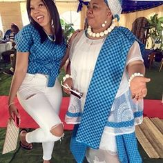 Traditional Shweshwe Dresses Shweshwe is one of the elements of culture, and the existence of this fashion linked to the culture of society African Attire, African Wear, African Fashion Dresses, African Dress, Fashion Outfits, Sepedi Traditional Dresses, Shweshwe Dresses, Wedding Attire, New Look