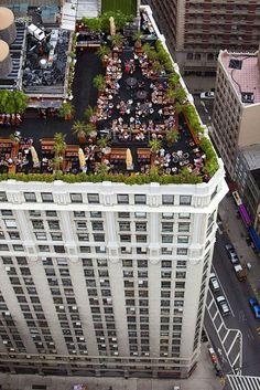 On Top Of The World: Rooftop Weddings. Photo Source: madame julietta  #rooftopweddings #uniqueweddings