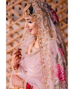 Bridal Makup, Brides, Victorian, Indian, Wedding Dresses, Makeup, Design, Women, Fashion