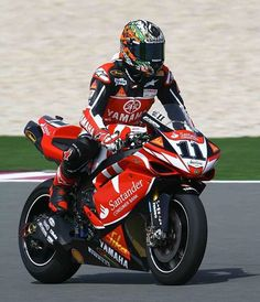 Troy Corser +1