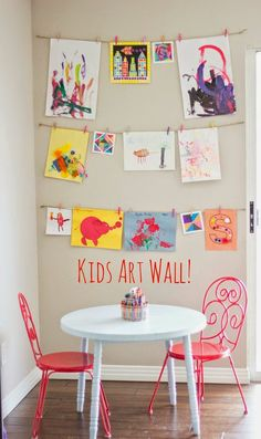 Kids' art wall – This would be so adorable in a kids play room home decor kids playroom biopopcom/ The post The Simplest Way to Display Your Kids' Art appeared first on Woman Casual - Kids and parenting Deco Kids, Toy Rooms, Kids Corner, Room Corner, Craft Corner, Rooms Home Decor, Decor Room, Kid Spaces, Small Spaces