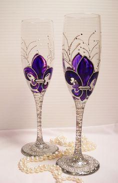 Fleur-de-Lis Champagne Flutes
