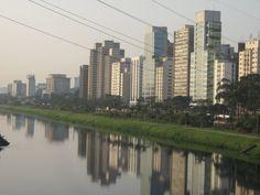 Margem do Rio Pinheiros - SP