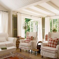 country chic - grain sack covers + red and white check: Minus the green shutters