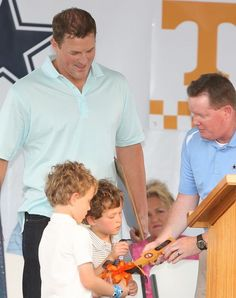 """Jason Witten presented the key to the city of Elizabethton, TN by Mayor Curt Alexander on """"Jason Witten Day"""" 06/2013.  Jason Witten also viewed a new sign that reads """"Welcome to Elizabethton, TN home of Jason Witten, 2012 Walter Payton NFL Man of the Year."""""""