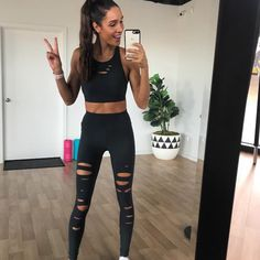 Fitness Influencer Kayla Itsines Wants to Bust this Workout Myth