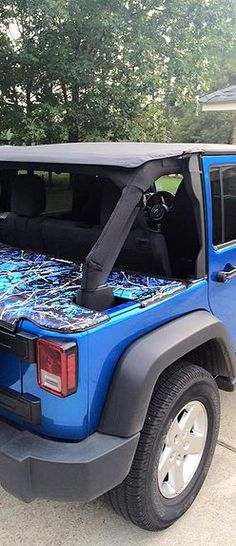 JTopsUSA - Jeep Wrangler Tonneau Cover. Moonshine Camo Undertow Blue Jeep Jku, Boot Storage, Jeep Wave, Jeep Wrangler Accessories, Tonneau Cover, Jeep Stuff, Camo, Dreams, Pets
