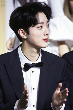 Boy Idols, Guan Lin, Lai Guanlin, Korean Name, Ulzzang Boy, Falling In Love, Rapper, Drama, It Cast