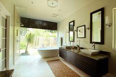 Luxury Master Bathrooms, Master Bedroom Bathroom, Modern Master Bathroom, Modern Bathroom Design, Bath Design, Small Bathroom, Bathroom Ideas, Master Baths, Master Bedrooms