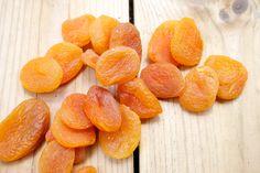 Hämmentäjä: Aprikoosi-cashewpähkinäleipä. Aprikoosit. Apricots.