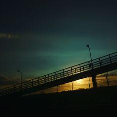 Puente atardecer Chile