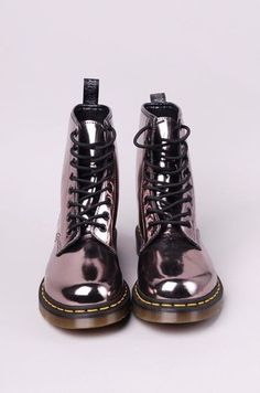 shoes boots grunge fashion drmartens metallic shoes metallic combat combat boots metalic shoes holographic boots