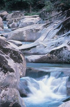 Valle del jerte Waterfall, Spain, Ideas Geniales, Explore, Mountains, Bella, Travel, Outdoor, Places To Visit