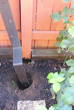 The Stur-D Fence Post Bracket is the most amazing fence repair solution ever! The Stur-D Fence Post Fence Stain, Pallet Fence, Diy Fence, Fence Landscaping, Backyard Fences, Garden Fencing, Fence Ideas, Fence Art, Yard Ideas