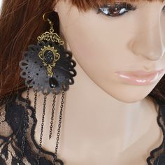 Купить товарAcemir ручной женщины мода кружева серьги красивая девушка серьги винтажном стиле кружева дизайн металл кисточкой серьги 1025 в категории Висячие серьгина AliExpress.