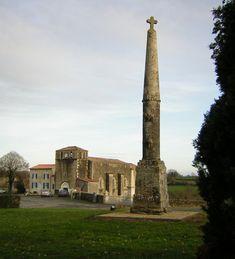 Croix hosannière de cimetière de Saint-Christophe-sur-Roc