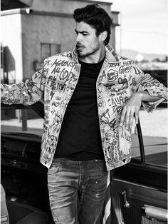 GUESS Men's Oversized Jean Jacket