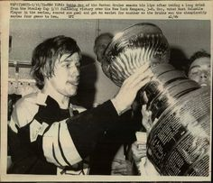 """Lot Detail - Bobby Orr Boston Bruins """"The Sporting News Collection Archives"""" Original Photos (Sporting News Collection Hologram/MEARS Photo LOA) - Lot of 7 Bobby Orr, Boston Bruins Hockey, Star Wars, Boston Sports, Hockey Cards, Montreal Canadiens, Sports Photos, Husband Love, Hockey Players"""