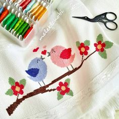 This Pin was discovered by Beh Cross Stitch Owl, Cross Stitch Animals, Cross Stitch Charts, Cross Stitching, Cross Stitch Patterns, Wedding Cross Stitch, Needlepoint Stitches, Floral Border, Hand Embroidery