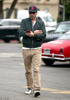 Every tear after Jon Hamm puts his penis away is a waterfall. But take heart, for here's a look back at Jon Hamm's ham's best moments. Jon Hamm, John Hamm Package, Men In Tight Pants, Funny Sports Pictures, Don Draper, Hommes Sexy, Mad Men, Linnet, Gorgeous Men