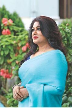 Moushumi completes 26 years in Bangladeshi entertainment industry Beautiful Girl Indian, Most Beautiful Indian Actress, Beautiful Lips, Beautiful Hijab, Beautiful Women, Indian Natural Beauty, Indian Beauty Saree, Indian Actress Hot Pics, Indian Actresses