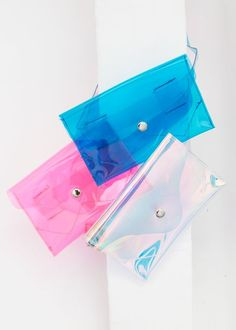 Transparent Pouch w/Removable Matching Belt Strap Silver Snap Button Closure PVC & Silver Metal Hardware x x Imported Holographic Bag, Clear Bags, Pvc Material, Summer Bags, Pattern Making, Bag Sale, Purses And Handbags, Fanny Pack, Iridescent