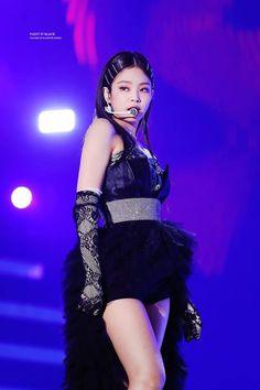 Credits on photo Jendeukie Jennie Blackpink Blackpink Jennie, Blackpink Outfits, Stage Outfits, Divas, South Korean Girls, Korean Girl Groups, Kim Jisoo, Blackpink Photos, Blackpink Fashion