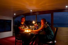 Planning for a honeymoon trip in houseboats of Kerala from Hyderabad to Kerala.  Kerala packages from Hyderabad would be special and romantic with special arrangements flower arrangements, candle light dinner on houseboats which add variety to your honeymoon trip from Hyderabad to Kerala.