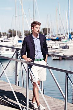 menswear ideas that look trendy. Prep Boys, Ivy League Style, Stylish Boys, Dapper Gentleman, Boating Outfit, Nautical Fashion, Nautical Style, Male Photography, Mans World