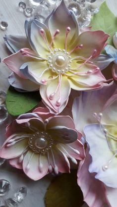 Floral Flowers, Silk Flowers, Fabric Flowers, Paper Art, Paper Crafts, Crepe Paper Flowers, Foam Sheets, Paper Flower Tutorial, Fractal Art