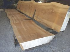 Slab bench with slab back Diy Wood Bench, Wood Benches, Log Furniture, Garden Furniture, Diy Home Decor, Room Decor, Timber Table, Stool Chair, Patio Seating