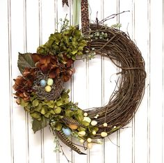 Beautiful spring wreath!!