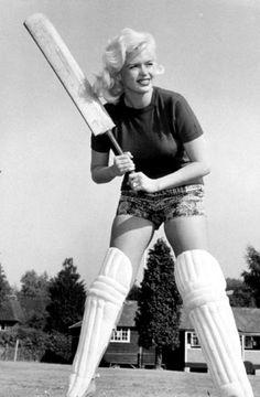 Jayne Mansfield playing cricket