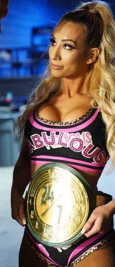 Wrestling Superstars, Wrestling Divas, Women's Wrestling, Wwe Female Wrestlers, Female Athletes, Bmx Cycles, Carmella Wwe, Wwe Survivor Series, Wwe Belts