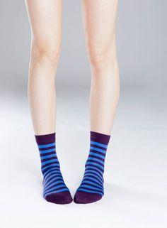 Raitsu-sukat (luumu, sininen) |Asusteet, Sukat ja sukkahousut, Laukut & asusteet | Marimekko