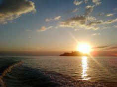 sol nascendo na praia - Pesquisa Google