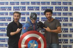 Aidan Turner Daily: Photo ~ Check it out! My fav. Superhero with my fav. Actors!