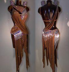 Ideas For Latin Dancing Dresses 2018 Latin Ballroom Dresses, Ballroom Dancing, Latin Dresses, Mode Outfits, Dance Outfits, Danse Salsa, Rumba Dance, Classy Women, Fashion Killa