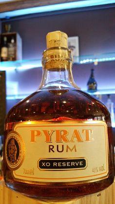 Rum Pyrat extra old Pyrat Rum, Whisky Bar, Liquor Bottles, Plantation, Bottle Design, Happy Hour, Bourbon, Whiskey Bottle, Toast